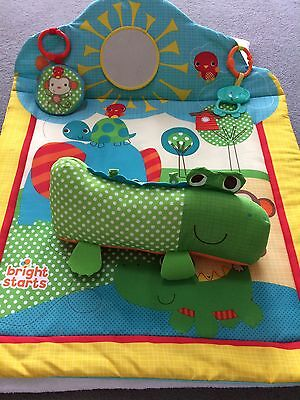BRIGHT STARTS - Baby Play Mat With Mirror And Toys
