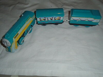 Thomas The Tank Engine Trackmaster Train Connor With Carriages- Vgc