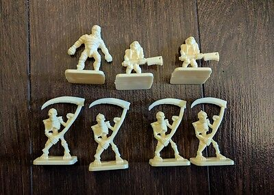Vtg 1990 HeroQuest Board Game Replacement Parts 7 x Skeletons Undead Mummies