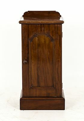 B562 Antique Scottish Victorian Mahogany Nightstand, Bedside Lamp Table