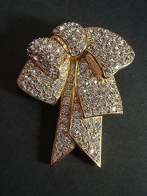 NOLAN MILLER Glamour Collection Ribbon Bow Crystal Gold Tone Pin Brooch
