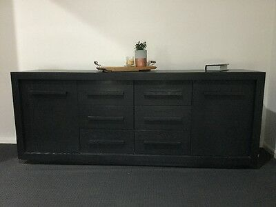 Solid Timber Buffet/sideboard