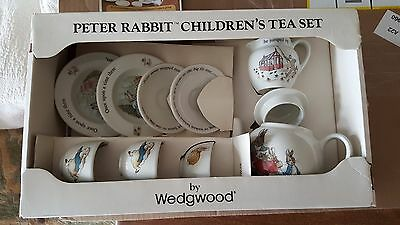 Wedgwood England Beatrix Potter Peter Rabbit 10 Pc Children's Childs Tea Set