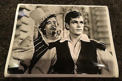 AS YOU LIKE IT 8 X11.25x14 stills R49 Sir Laurence Olivier