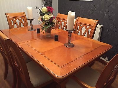 Solid wood dining table, 6 chairs & matching Sideboard