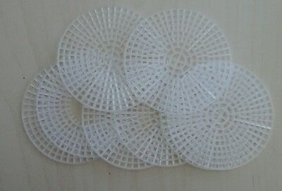 "8 plastic mesh canvas 3"" circles"