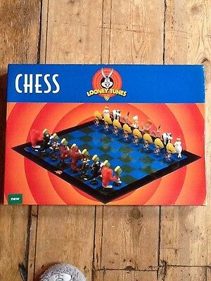 Warner Brothers Looney Tunes Chess Set (1999)
