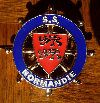 "s.s.""Normandie"", Enamelled Badge. 'French Line', 'CGT'."
