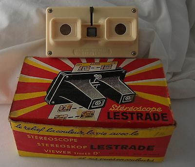 Stereoscope 3D Viewer with box. LESTRADE Simplex. Vintage 1950s. Cream.