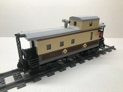 LEGO Large Custom Caboose for #10194 Emerald Night. Very nice all new parts