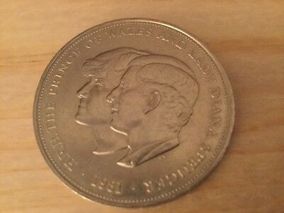 1981 - Prince of Wales and Lady Diana Spencer Royal Wedding Coin