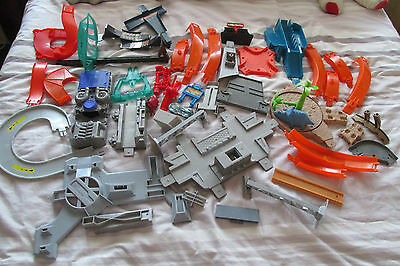 hot wheels items 42 in total a large mixture of different things