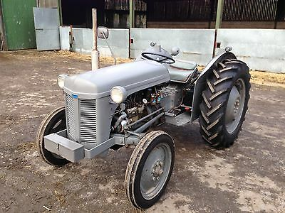 """Massey Ferguson""""grey Fergie""""diesel Tractor,road Legal With Lighting And V5 Doc."""