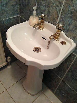 Cloakroom Toilet and Sink Pedestal scalloped edge WHITE