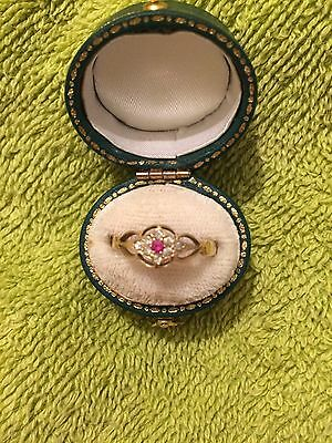 18ct Gold, Antique Ruby Diamonds Ladies Ring *Beautiful*