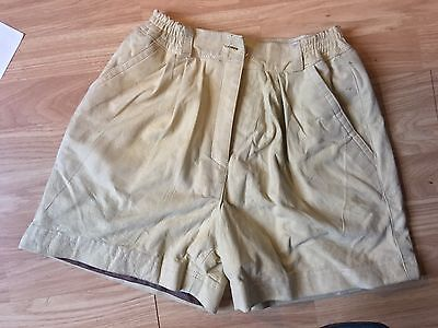 *Vintage excellent condition* Suede Taupe Beige Shorts Culottes  Size Small
