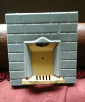 Vintage, 1930-1950's Dolls House Tin Fire place