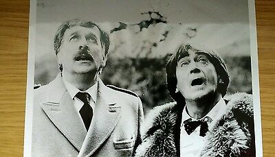 Doctor Who The Five Doctors 10 X 8 B/w Photograph