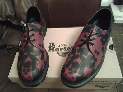 Dr Martens Size  11 Black And Cherry Shoes New In Box