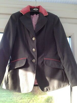 Childs 28 Show Jacket *worn Once* By Caldene