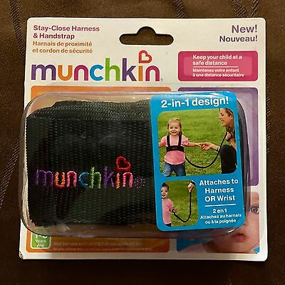 Munchkin Stay-Close Harness and Handstrap TODDLERS AGE 1-3, Up to 42 Lbs, New
