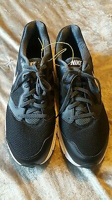 Nike Downshifter 6  Mens Black /White Trainers  Shoes  Shoes Size uk 10