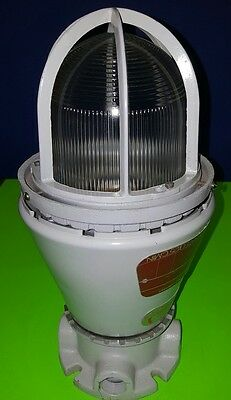 Appleton Vented Explosion Proof Industrial Lighting Fixture A-51 Series (Used)