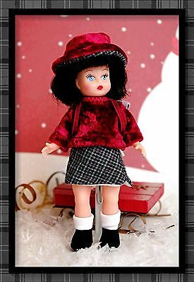 """MADAME ALEXANDER Petite Playhouse Doll Mini Ginny Sized at 5.5"""" Tall Cute Wendy!"""