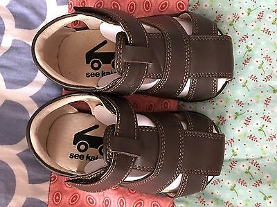 See Kai Run Leather Boys Toddler Sandals Shoes Brand New Size 4