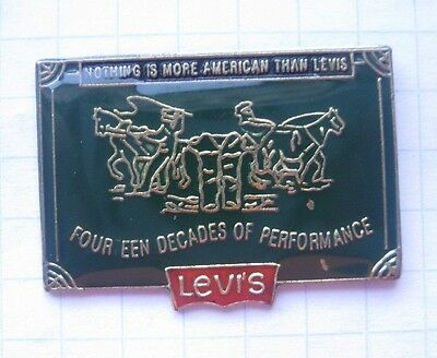 LEVI`S  JEANS   ........... Mode Pin (123g)