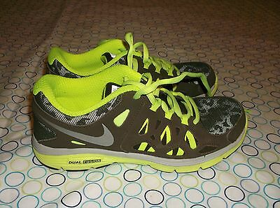 Nike Dual Fusion Brown And Green  Running Shoes Sz 4Y