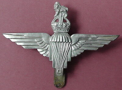 Parachute Regt. Other Ranks Cap Badge KK2059 been varnished and lugs removed