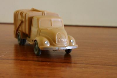 Wiking refuse wagon lorry in HO scale