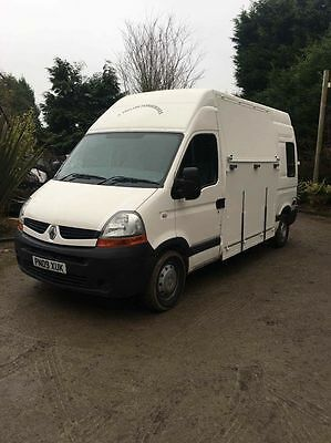 2009 Renault Master Horsebox 3.5t Brand New Build & Used once with Cameras