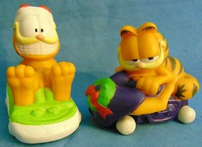 Vintage Collectible Garfield the Cat Set of 2 Holiday Winter Rolling Figures