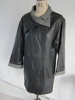 1970's ladies leather coat size 12/14 Good,used condition