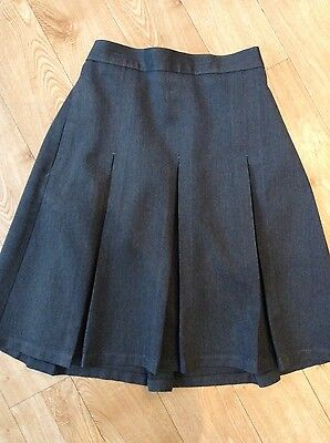 M&S Grey School Pleated Skirt age 11 years (10-11 years up to 146cm)