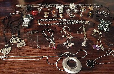 Jewelry Lot Vintage Necklaces rings JL2999