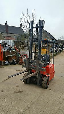 Electric forklift spares or repair