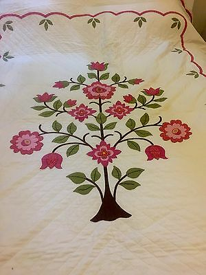 Beautiful Antique Tree Of Life Hand stitched Quilt