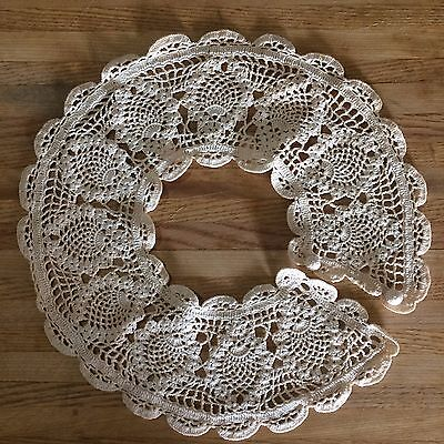 Vintage Cream Hand Crochet Lace Detachable Collar with Button Rockabilly Pin Up
