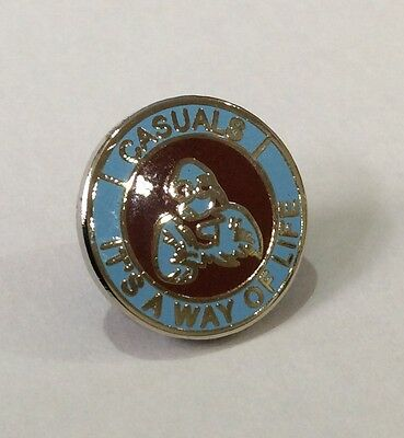 """SCUNTHORPE UNITED Casuals Badge Pin Football Club FC """"IT'S A WAY OF LIFE"""" UTD"""