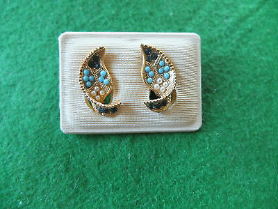 gold tone faux turquoise and pearl clip earrings
