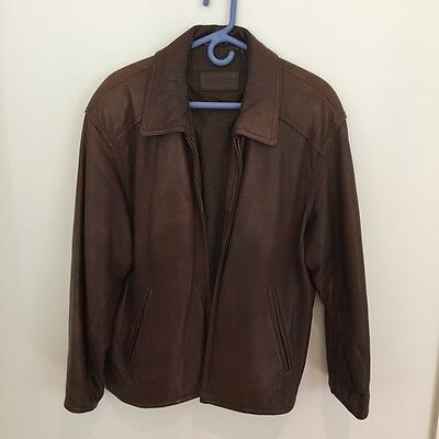 Mens genuine brown leather bomber jacket size M.