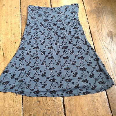 maternity skirt size medium