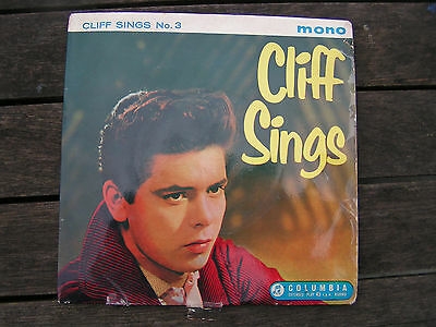 EP. 'Cliff Richard sings', No 3. With The Norrie Paramor Strings.