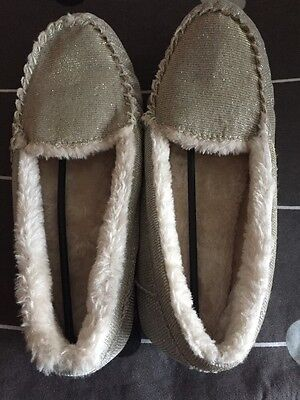 Marks & Spencer  Fur Lined Ladies Moccasin Slippers  Bnwt Size 7