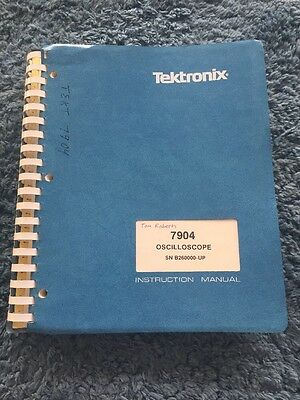 Tektronix 7904 Oscilloscope SN B26-UP Instruction Manual