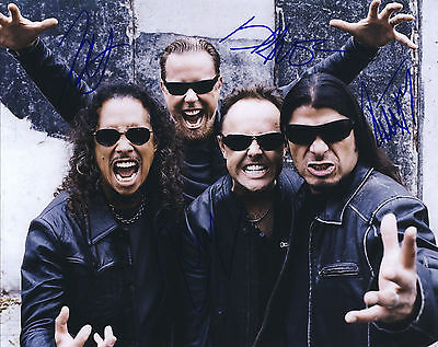 """Metallica Hand Signed By Band """"World Tour"""" Promotional 10x8 !"""