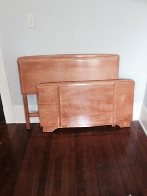 """Heywood Wakefield """"Mid-Century"""" Champagne Twin Size Bed"""